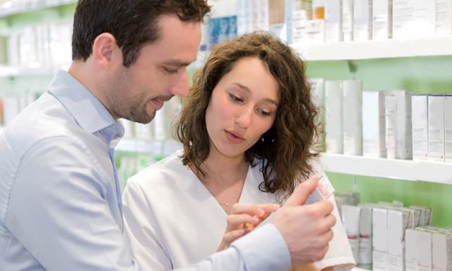 ¿Porqué comprar productos dermocosméticos en la farmacia?
