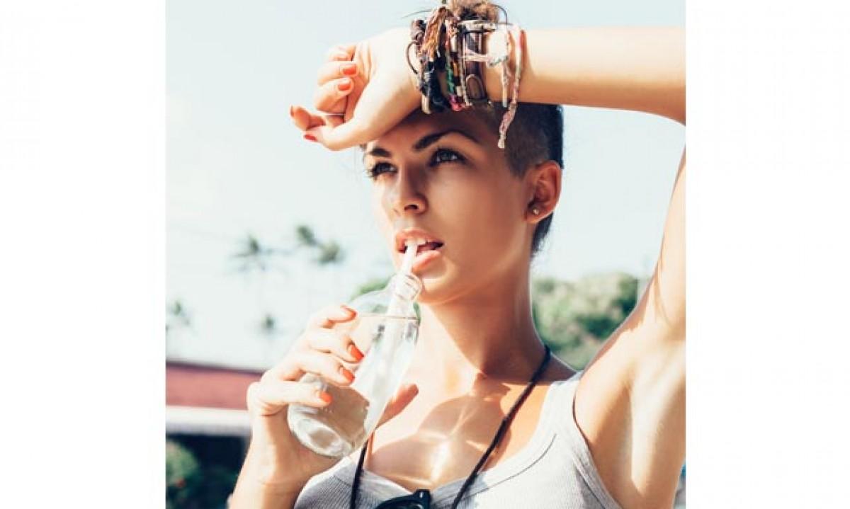 La importancia de hidratarse en los meses de calor