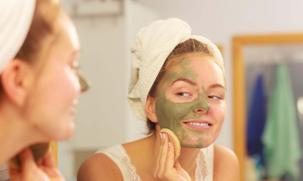 ¿Cómo y cuándo usar mascarillas faciales?
