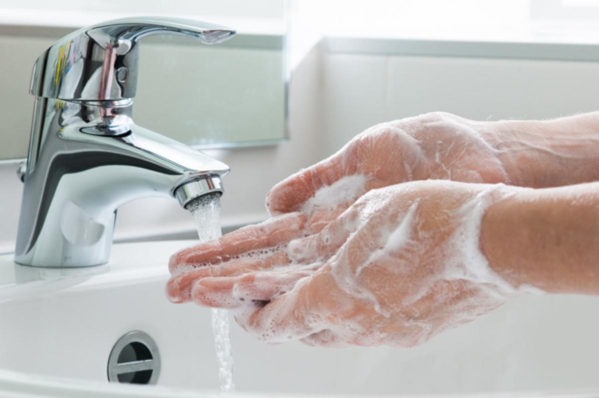 Sequedad de manos debido a los geles hidralcohólicos